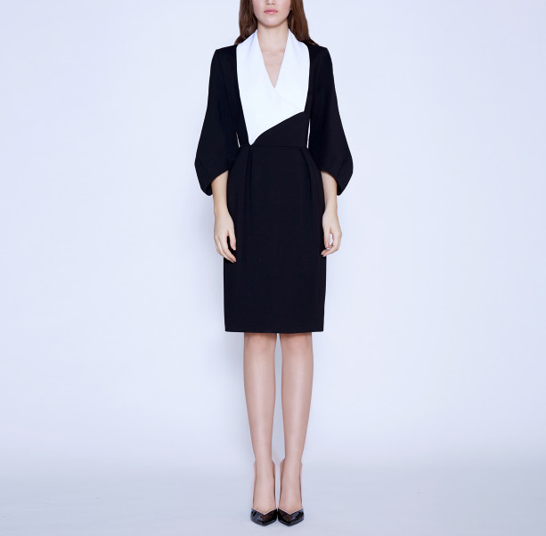 Business dress with a white shawl collar - 6