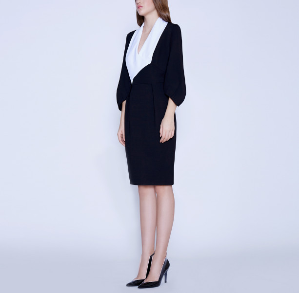 Business dress with a white shawl collar - 5