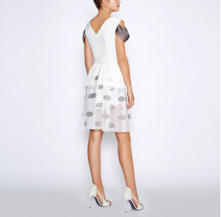 White pleated dress small - 4