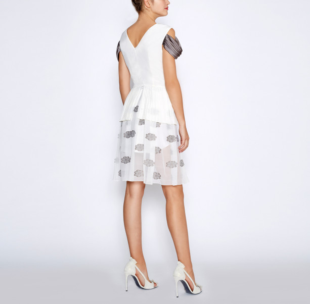White pleated dress - 4