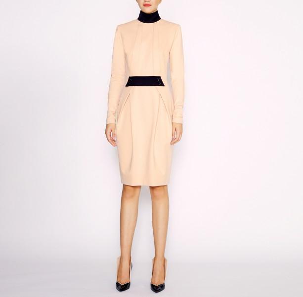 Dress with black collar - 5