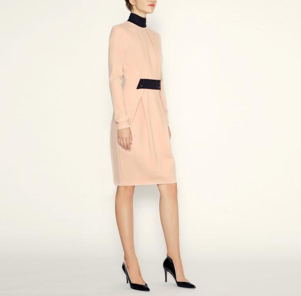 Dress with black collar - 4