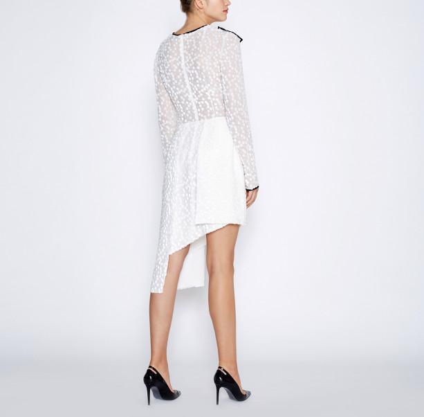 Asymmetrical white dress - 3