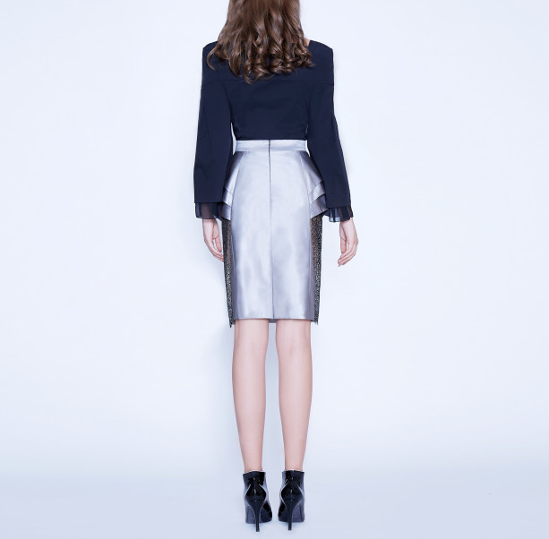 Skirt with lace triangle  - 3